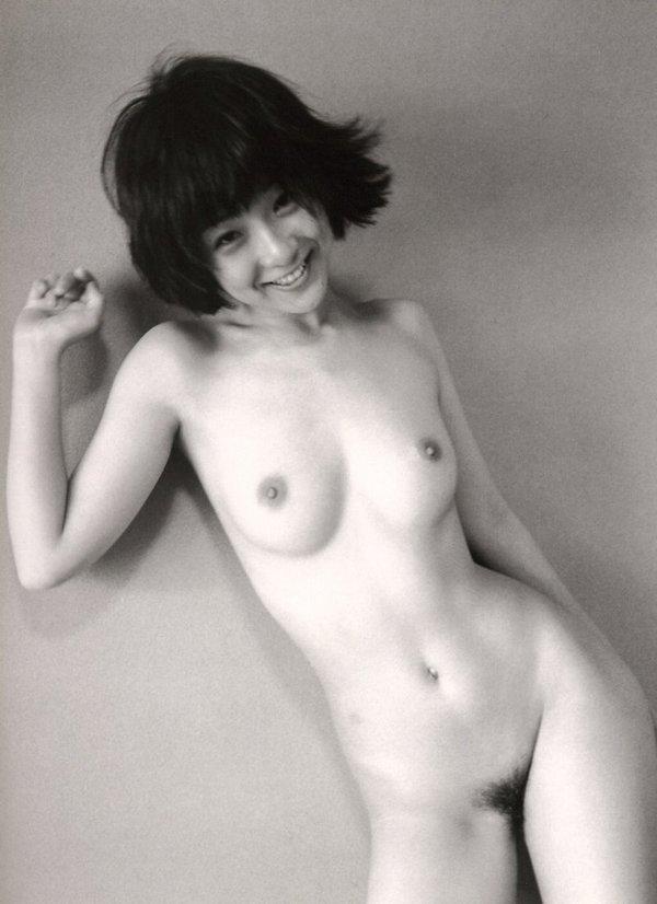藤田朋子のヘアヌード写真集「遠野小説」の思い出