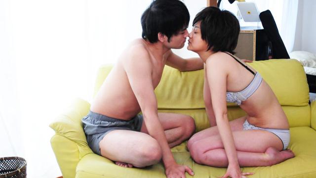 浜田翔子が男装の美少女を熱演した映画「ちょっとエッチな生活体験 接吻5秒前」濡れ場まとめ