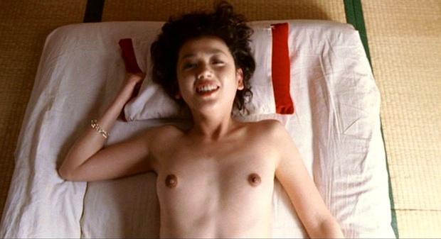 京野ことみの映画「TAKESHIS'」での貧乳濡れ場動画像