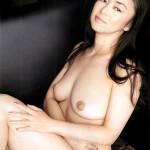 中島知子 映画「ハダカの美奈子」やグラビアで四十路を越えた熟女ヌードを披露