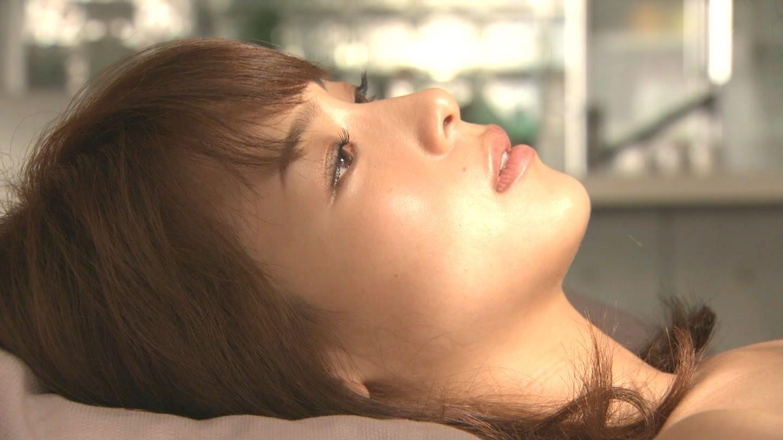 女優・相武紗季が体当たりで演じたドラマ「硝子の葦」濡れ場まとめ