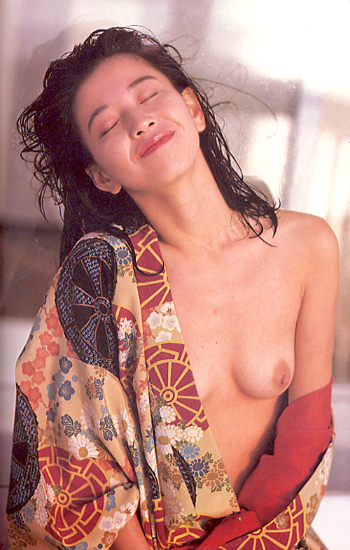 大場久美子が乳首晒した黒歴史まとめ画像