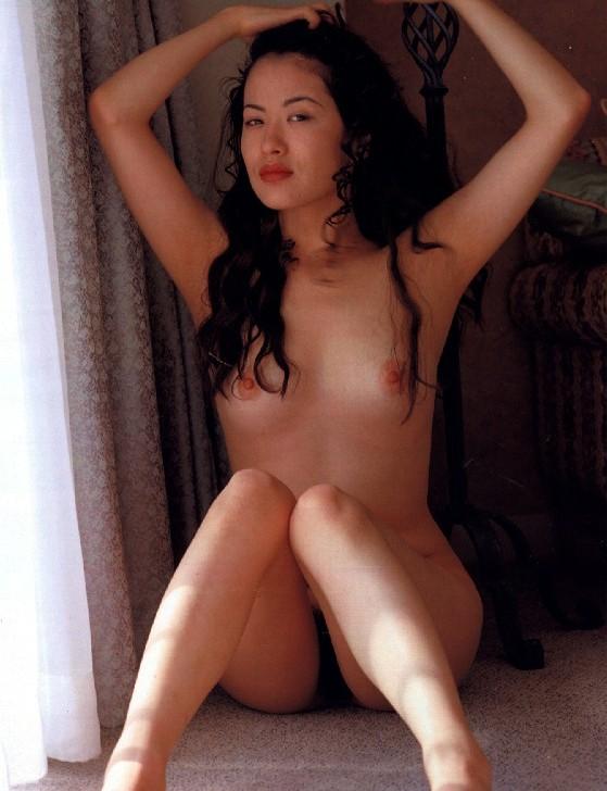 エロ本モデルだった女優・鈴木砂羽のエロ画像まとめ