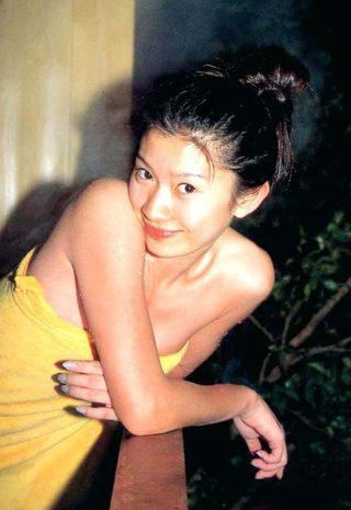 篠原涼子(女優)ヌード画像 入浴シーンでのヌード!巨乳おっぱいがエロすぎる。(※画像あり)